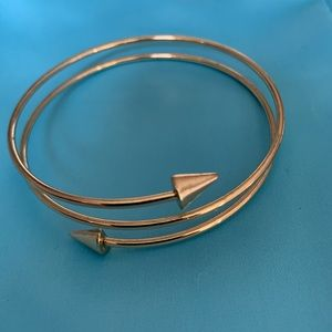 NEW!! FOREVER21 Gold Arrow Bangle